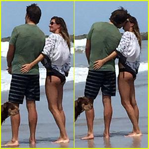 Gisele Bundchen & Tom Brady Kiss on the Beach!