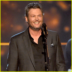 Blake Shelton's ACM Awards 2016 Performance Video - Watch Now!