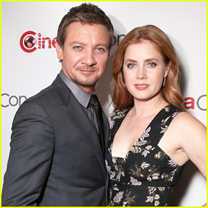 Jeremy Renner & Amy Adams Bring 'Story Of Your Life' To CinemaCon 2016!