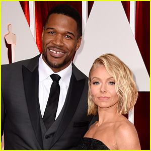 Kelly Ripa Addresses Michael Strahan Drama on 'Live' - Watch Now