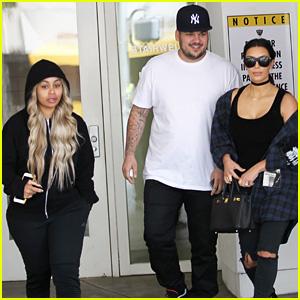 Kim Kardashian Grabs Lunch with Rob Kardashian & Blac Chyna!
