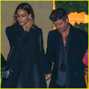 Robin Thicke & Girlfriend April Love Geary Join Friends for Malibu Dinner Date