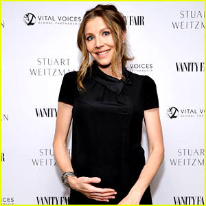 Scrubs' Sarah Chalke Is Pregnant - See Her Baby Bump!