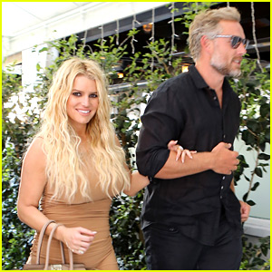 Jessica Simpson Steps Out After Teasing Her Return to Music!