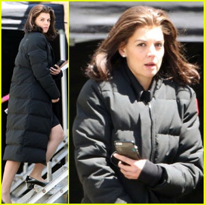 Katie Holmes Transforms into Jackie O for 'The Kennedys After Camelot' Filming