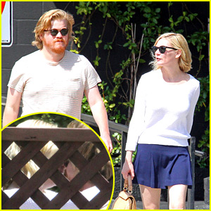 Kirsten Dunst & 'Fargo' Co-star Jesse Plemons Kiss in New Pics