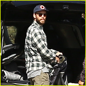 Liam Hemsworth & Miley Cyrus May Be Married By Her Dad