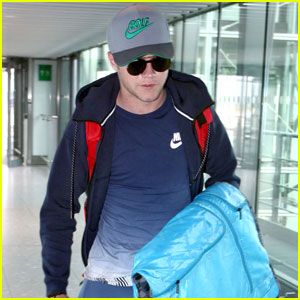 Niall Horan Travels to Dublin to Take Part in Irish Open 2016