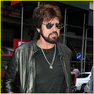 Billy Ray Cyrus Jokes About Officiating Miley & Liam Hemsworth's Wedding