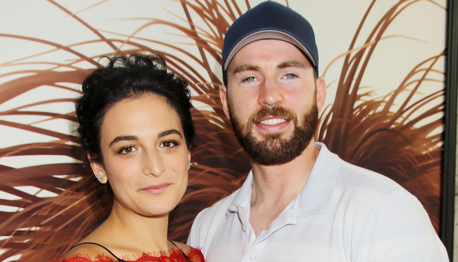 Chris Evans & Girlfriend Jenny Slate Make Red Carpet Debut!