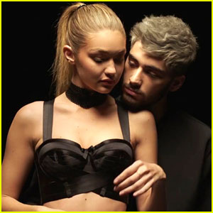 Gigi Hadid Sings Zayn Malik's 'Pillowtalk' on Snapchat Days After Breakup