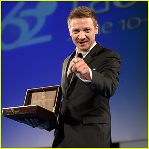 Jeremy Renner Honored ...