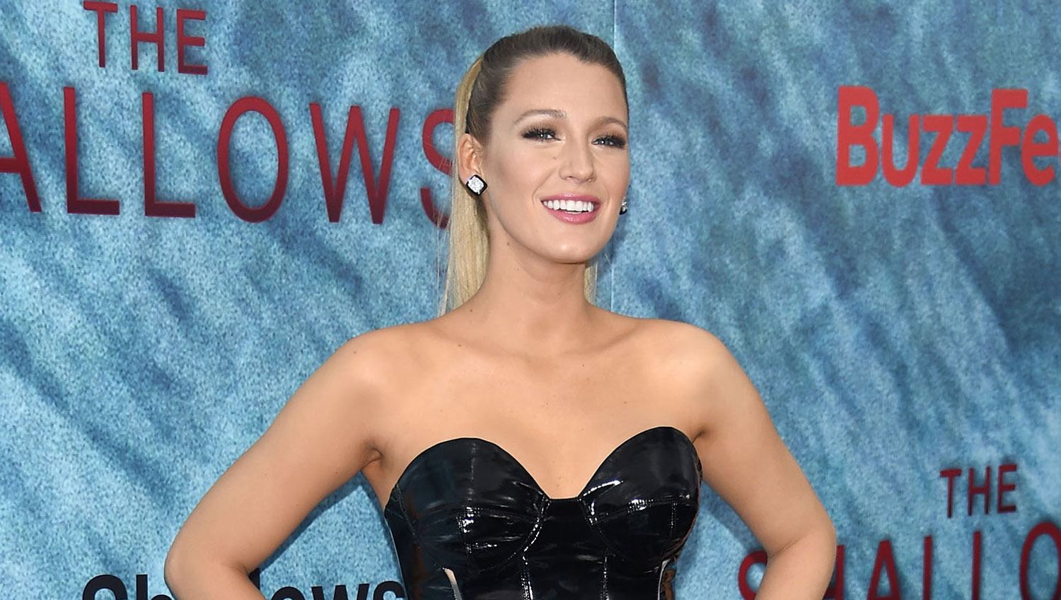 Blake Lively Stuns At The Shallows New York Premiere