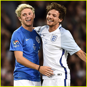 Louis Tomlinson & Niall Horan Hug It Out on the Soccer Field!