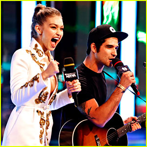 Tyler Posey Performs Song for Gigi Hadid at MuchMusic Video Awards 2016! (Video)