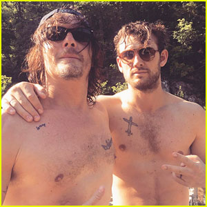 Alex Pettyfer & Norman Reedus Pose Shirtless in Tuscany!