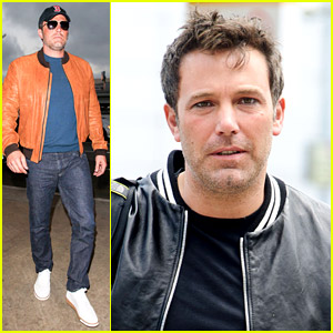 Ben Affleck Takes Flight After Quick Visit with His Kids