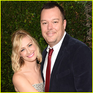 2 Broke Girls' Beth Behrs: Engaged to Michael Gladis!