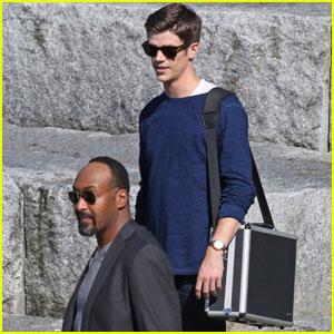 Grant Gustin Films 'The Flash' With Jesse L. Martin in Vancouver