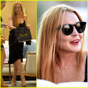 Lindsay Lohan Steps Out After Friend Hofit Golan Denies Pregnancy Rumors