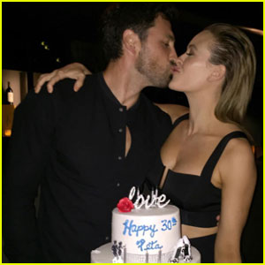Maksim Chmerkovskiy & Peta Murgatroyd May Have Just Revealed Their Baby's Gender!