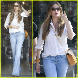 Sofia Vergara Prepares for Fourth of July With a Workout