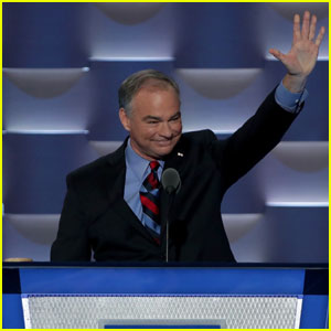 Tim Kaine Accepts Vice Presidential Nomination at Democractic National Convention 2016 (Video)
