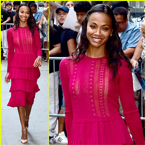 Zoe Saldana Wants to Be Captain of Starship Enterprise!