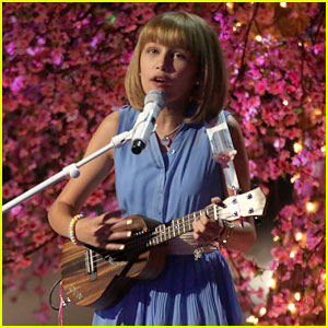 Grace VanderWaal Returns to 'America's Got Talent' With an Original Song (Video)