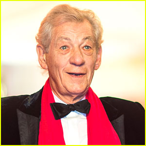 Ian McKellen Turned Down $1.5 Million Offer to Marry Couple Dressed as Gandalf
