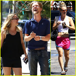Kaley Cuoco & Boyfriend Karl Cook Step Out for Lunch Date