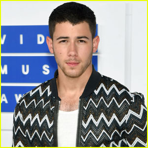Nick Jonas Performs 'Bacon' at MTV VMAs 2016 (Video)