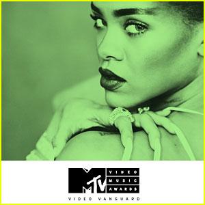 Rihanna to Receive Video Vanguard Award at MTV VMAs 2016!