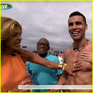 Tonga's Pita Taufatofua Gets Oiled Up by 'Today Show' Hosts!
