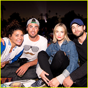 Chace Crawford & Jessica Szohr Reunite for a Double Date!