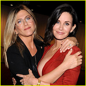 Courteney Cox Says Brad Pitt's Divorce Is 'Not About' Jennifer Aniston