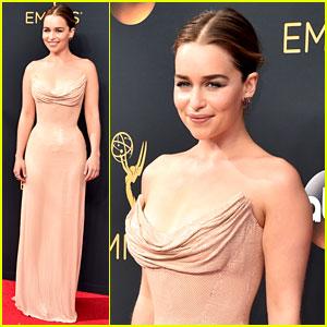 Emilia Clarke Stuns in Atelier Versace at Emmys 2016