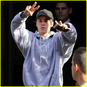 Justin Bieber is Fan-Friendly in Paris Before Heading to Norway