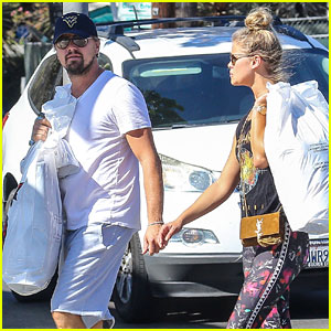 Leonardo DiCaprio & Nina Agdal Hold Hands After Brunch