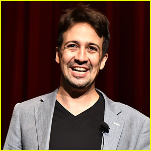Hamilton's Lin-Manuel Miranda to Host 'Saturday Night Live'!