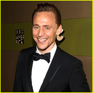 Tom Hiddleston Says He & Taylor Swift Are Still Friends