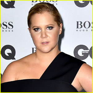 Amy Schumer Gets Booed, Has Audience Walk Out While Discussing Donald Trump on Stage