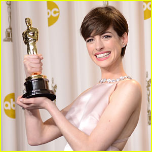 Anne Hathaway Wasn't Happy When She Won Oscar: 'I Got Called Out On It Big Time'