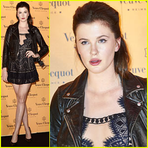 Ireland Baldwin Lost Her Phone After Her 21st Birthday Party!