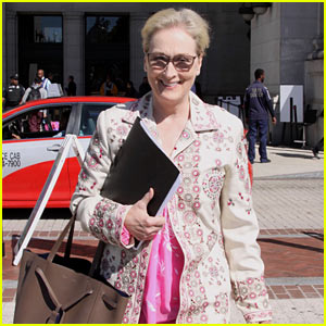 Meryl Streep Joins Michelle Obama in Fight for Women's Equality (Video)