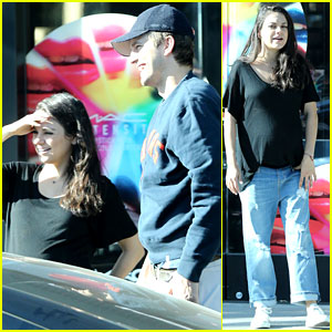Mila Kunis & Ashton Kutcher Have a Family Breakfast!