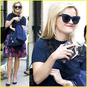 Reese Witherspoon Treats Herself to Some Shopping After Touching Down in NYC