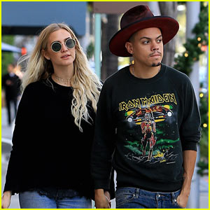 Ashlee Simpson & Evan Ross Get a Head Start on Their Holiday Shopping