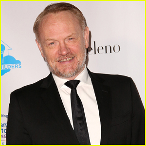 Jared Harris Opens Up About Playing Dumbledore in 'Fantastic Beasts'