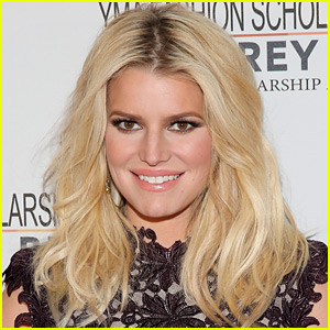 Jessica Simpson Teases Her Return to Music in 2017